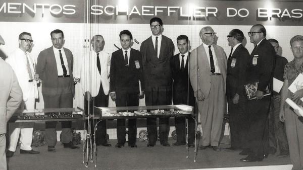 Os irmãos Wilhelm Schaeffler e Georg Schaeffler fundam a Rolamentos Schaeffler do Brasil em agosto de 1958, em Santo Amaro.