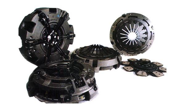 Início da produção de embreagens duplas para tratores, através do fornecimento para as linhas Massey Ferguson e Valmet.
