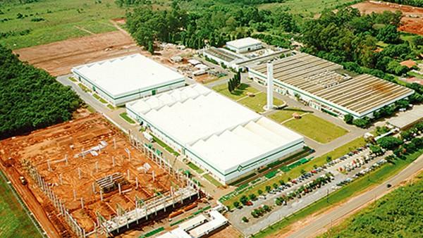 Ampliada a fábrica da Rolamentos Schaeffler para acomodar toda a linha de produção de gaiolas e buchas de agulhas, totalizando 14.200 metros quadrados.