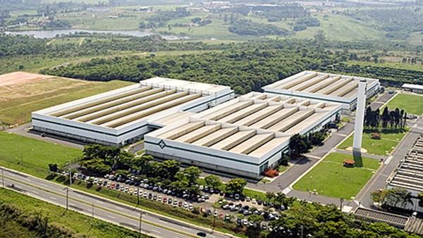 Toda a produção da Rolamentos Schaeffler Brasil é transferida para a fábrica de Sorocaba, que tem 55.190 metros quadrados de área construída.