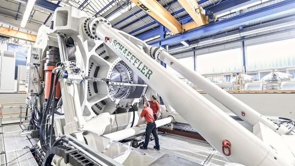 Dispositivo de teste para grandes rolamentos ASTRAIOS