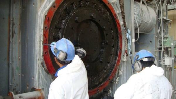 Trabajos de mantenimiento en los rodillos de molienda de alta presión (HPGR)