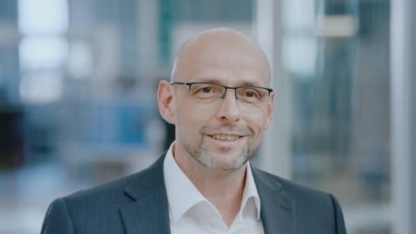Detlev Jacobi, diretor de manutenção, fábrica de Schweinfurt
